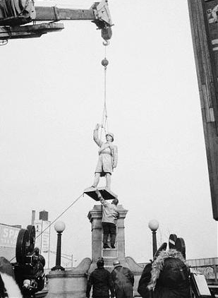 Haymarket Statue at Randolph Street and the Kennedy Expressway - 1970